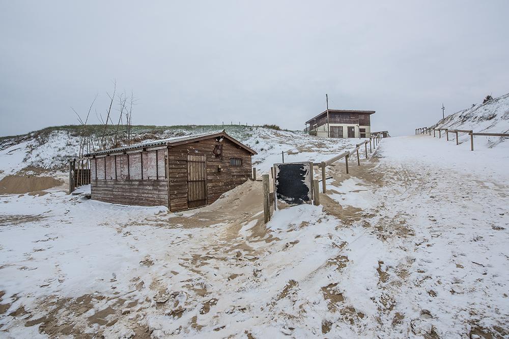 CONTIS - La cabane sous la neige