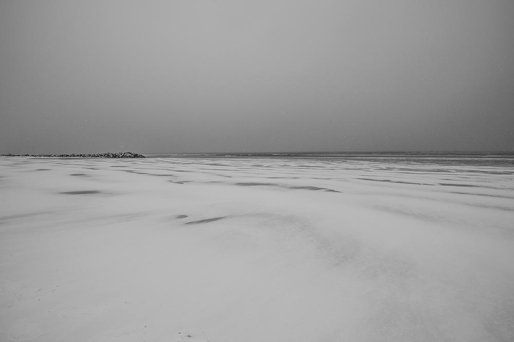 CONTIS - la plage sous la neige
