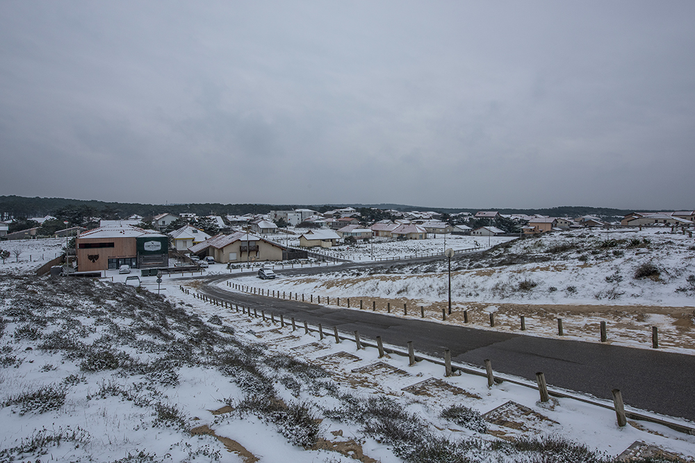 CONTIS - vue d'ensemble sous la neige sous la neige